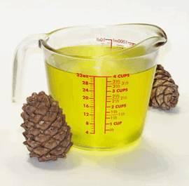 Растительное масло получают из кедровых орехов и используют в медицине и косметологии как для наружного, так и для внутреннего применения