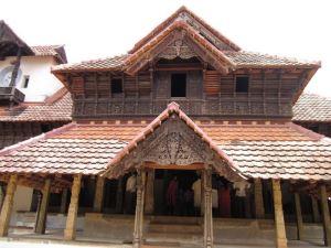 Йога в Индии, 22.01 - 1.02.2018, штат Керала, г. Варкала. Дворец Падманабхапурам